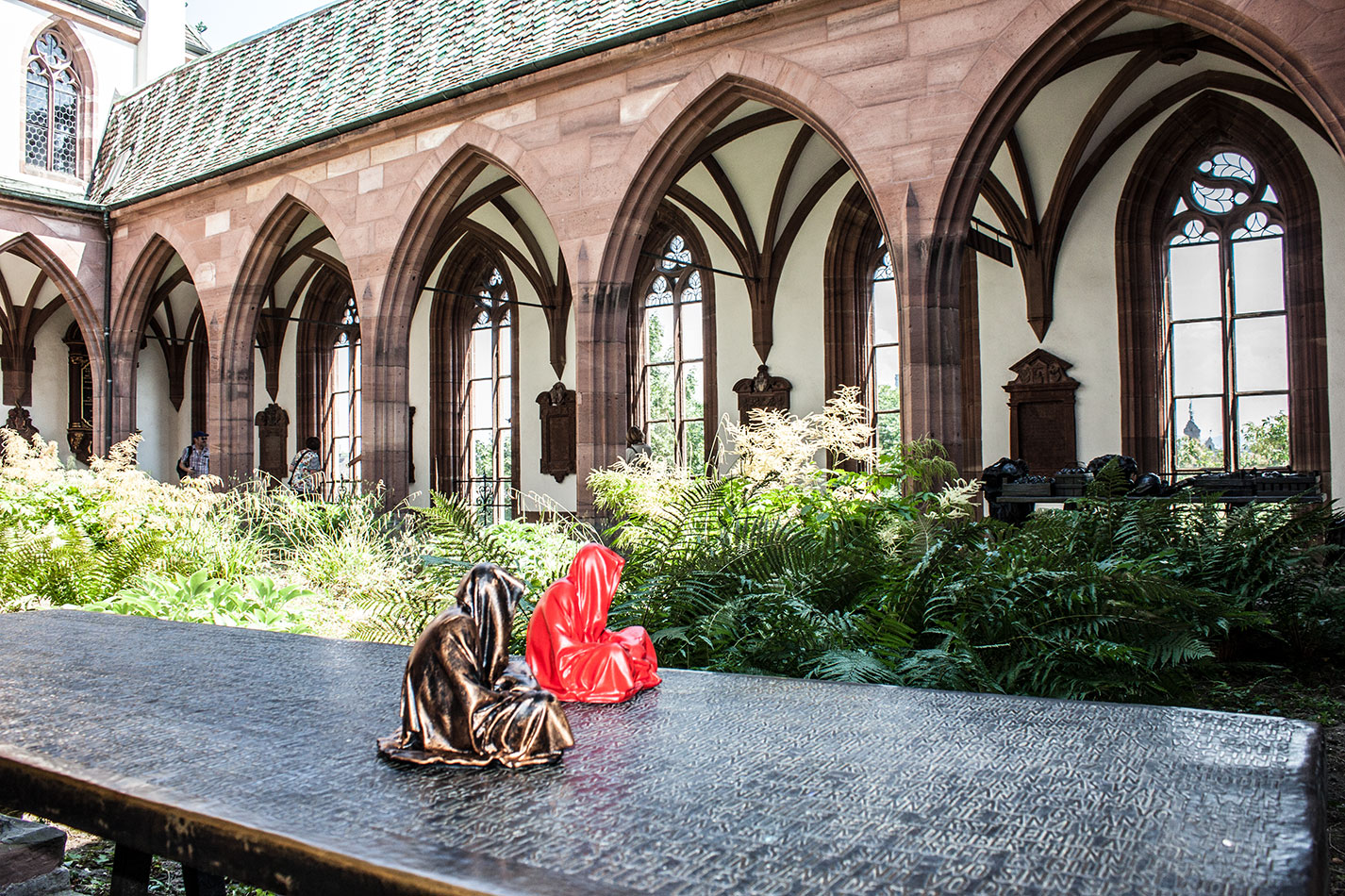 highlights-public-artbasel-scope-art-show-guardians-of-time-manfred-kielnhofer-steinreich-contemporary-art-sculpture-tour-art-parcours-1534y