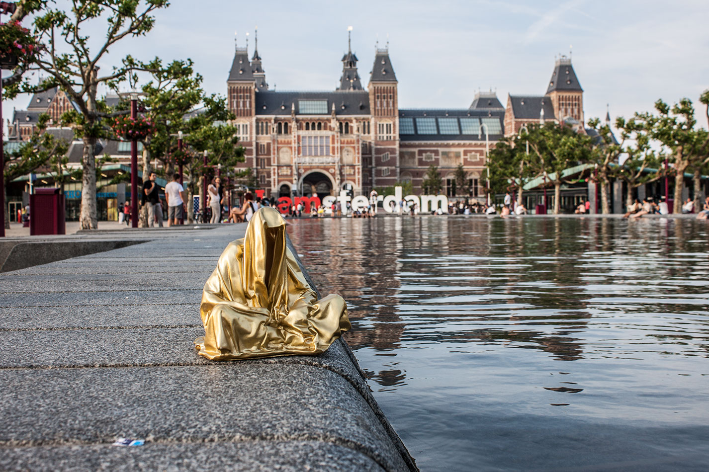 amstadam-netherlands-guardians-of-time-manfred-kielnhofer-public-modern-contemporary-art-fine-arts-sculpture-design-streat-art-2068