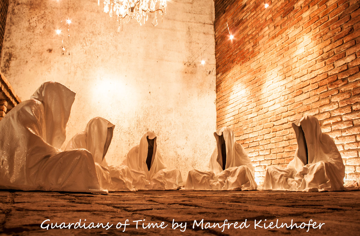 freller-art-dealer-kunsthandel-guardians-of-time-sculptor-manfred-kielnhofer-contemporary-modern-fine-arts-antique-sculpture-22256