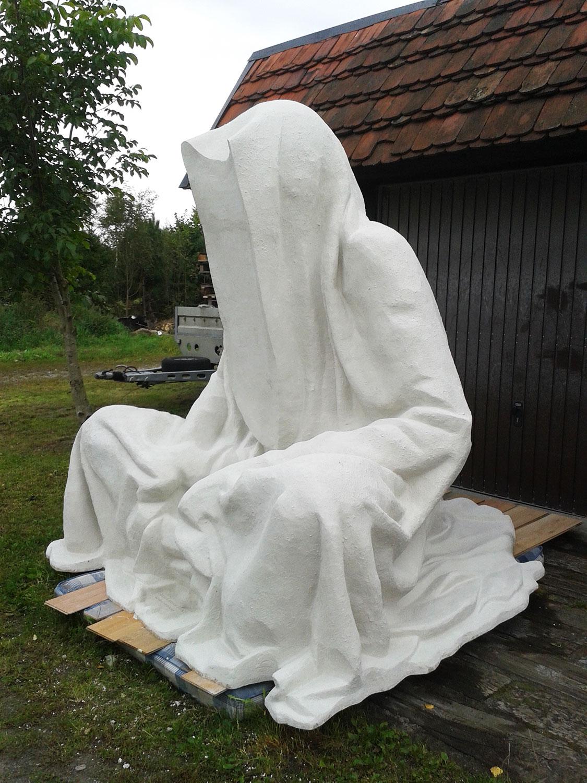 large-scale-sculpture-monumental-statue-3d-format-guardians-of-time-by-Manfred-Kili-Kielnhofer-plastic-arts-contemporary-art-design-antique-51o