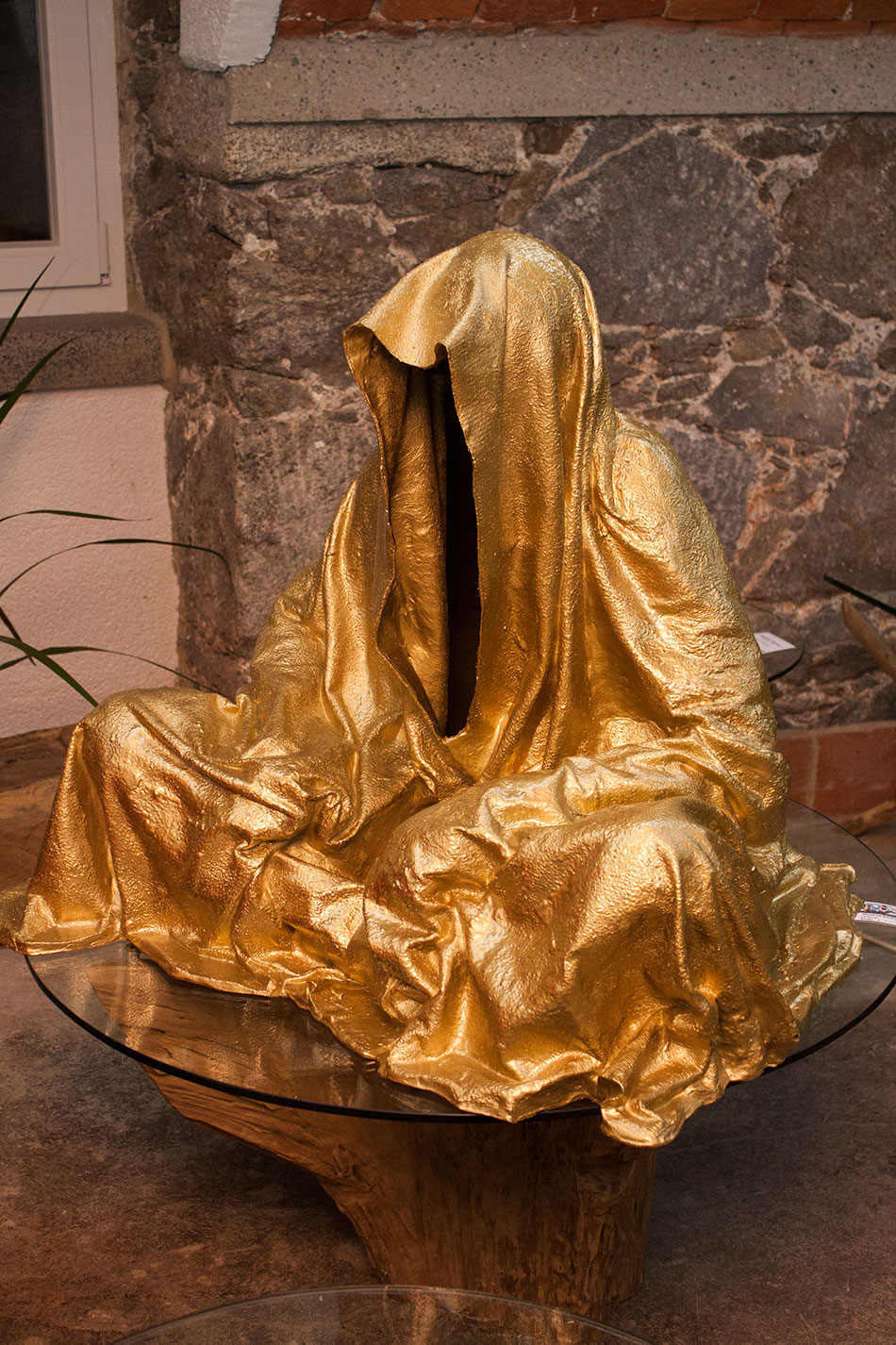 mobile-galerie-gall-toko06-linz-25er-turm-guardians-of-time-manfred-kielnhofer-contemporary-fine-art-design-sculpture-2661