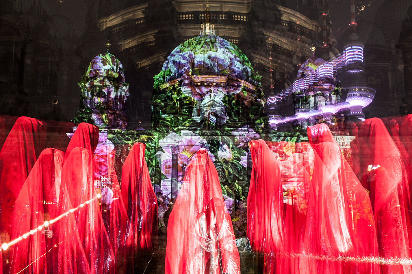 festival-of-lights-old-museum-cathedral-berlin-light-art-show-exhibition-lumina-guardians-of-time-manfred-kili-kielnhofer-contemporary-arts-design-sculpture-3048