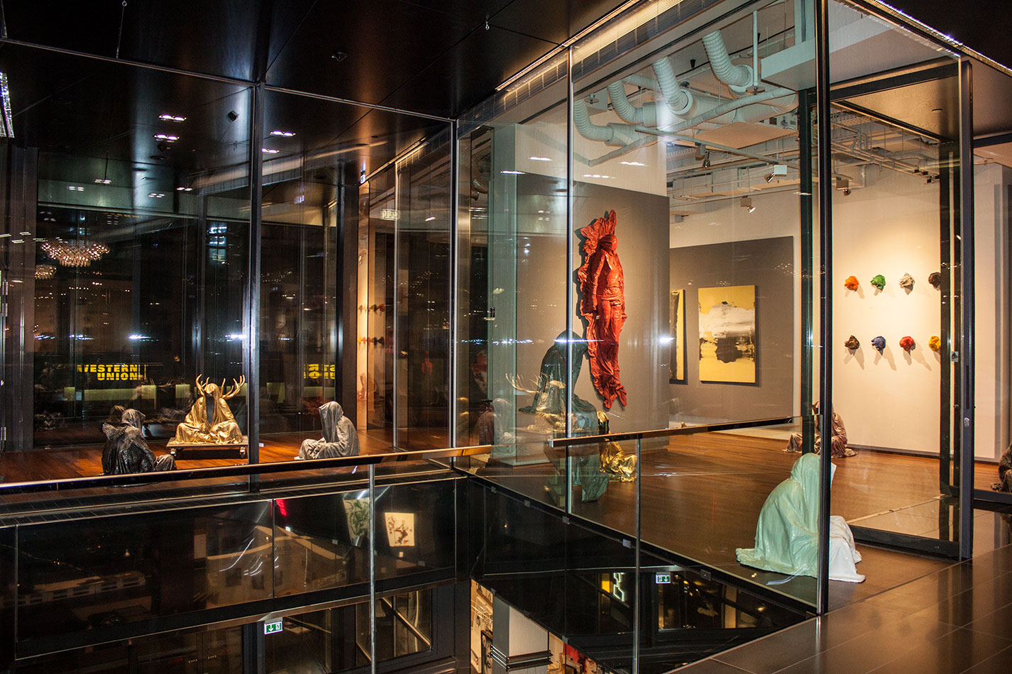 stilwerk-wien-designtower-vienna-show-guardians-of-time-waechter-der-zeit-manfred-kielnhofer-modern-contemporary-fine-art-design-sculpture-3d-arts-3957