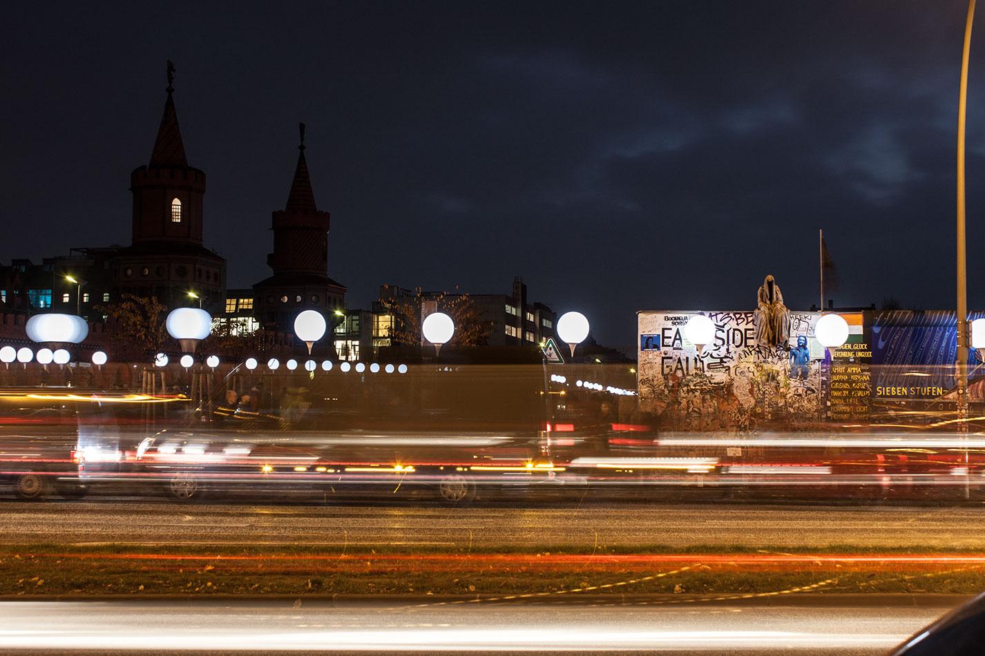25-jears-wallfall-berlin-germany-contemporary-fine-art-show-arts-design-guardians-of-time-manfred-kili-kielnhofer-4271