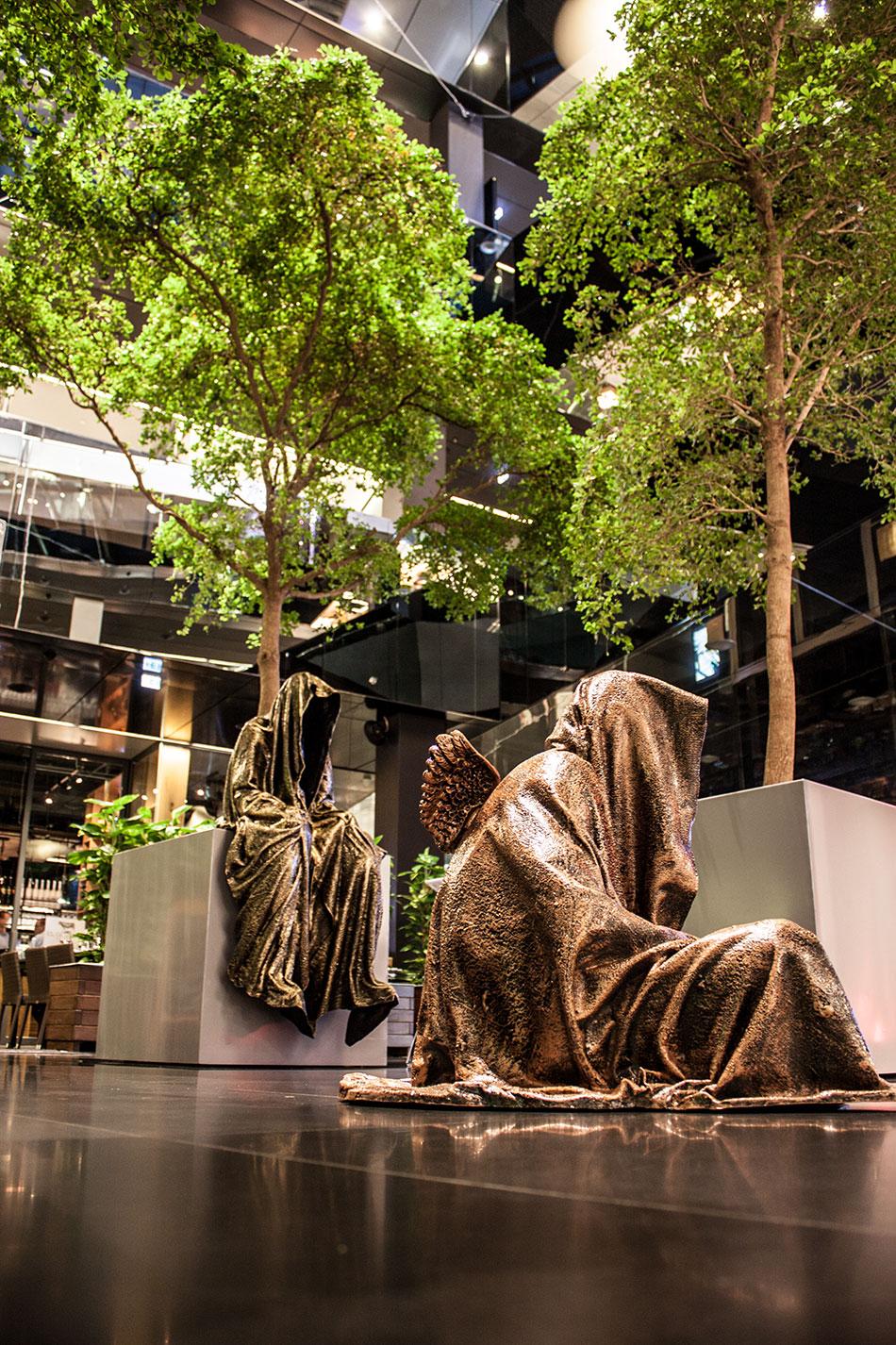 stilwerk-wien-design-tower-vienna-duekouba-designkooperation-guardians-of-time-manfred-kieli-kielnhofer-contemporary-fine-art-arts-design-installation-antique-show-4741