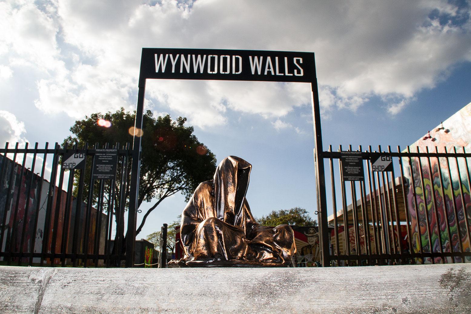 art-basel-miami-beach-fair-usa-florida-wynwood-guardians-of-time-manfred-kili-kielnhofer-contemporary-fine-art-modern-arts-design-antiques-sculpture-spectrum-miami-7585