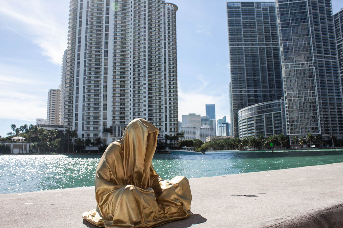 public-art-basel-miami-beach-fair-usa-florida-guardians-of-time-manfred-kili-kielnhofer-contemporary-fine-art-modern-arts-design-antiques-sculpture-6725
