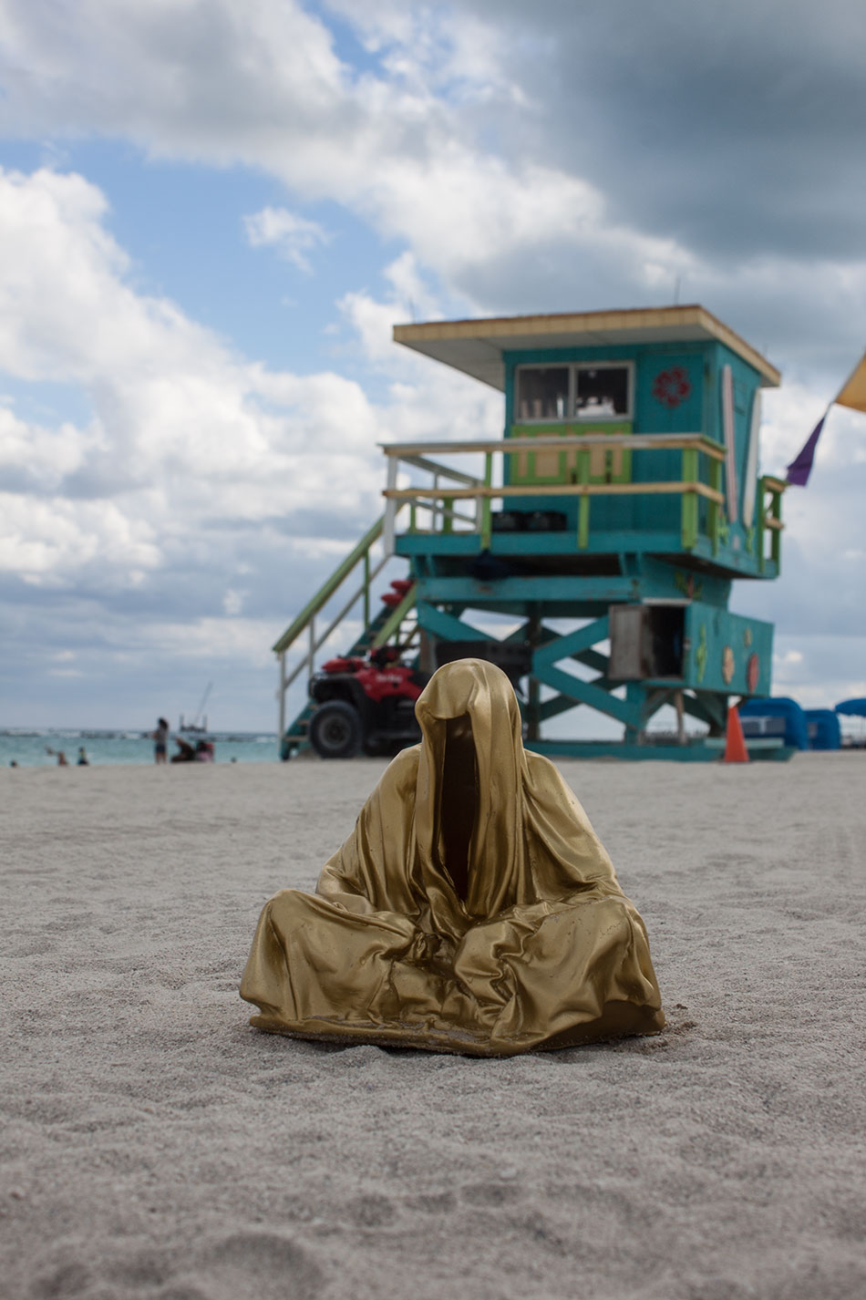 public-art-basel-miami-beach-fair-usa-florida-guardians-of-time-manfred-kili-kielnhofer-contemporary-fine-art-modern-arts-design-antiques-sculpture-6911