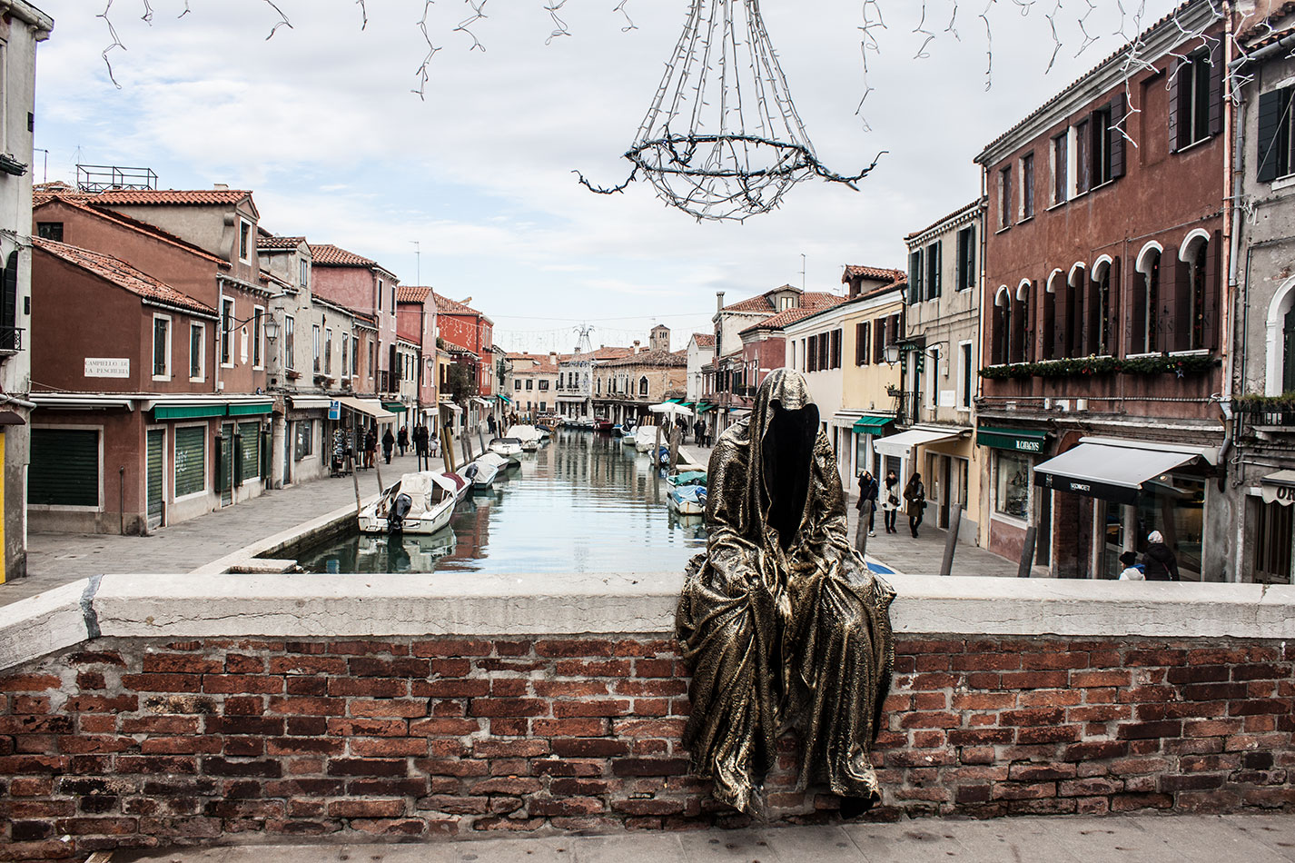 Italia-Venice-Murano-Berengo-glas-studio-glasstress-guardians-of-time-by-Manfred-Kili-Kielnhofer-contemporary-art-design-show-7162