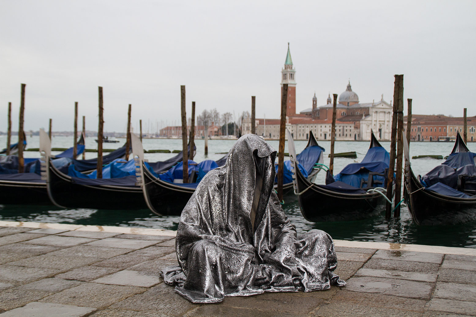 art-biennale-venice-guardians-of-time-manfred-kili-kielnhofer-contemporary-fine-art-design-sculpture-antique-show-8005