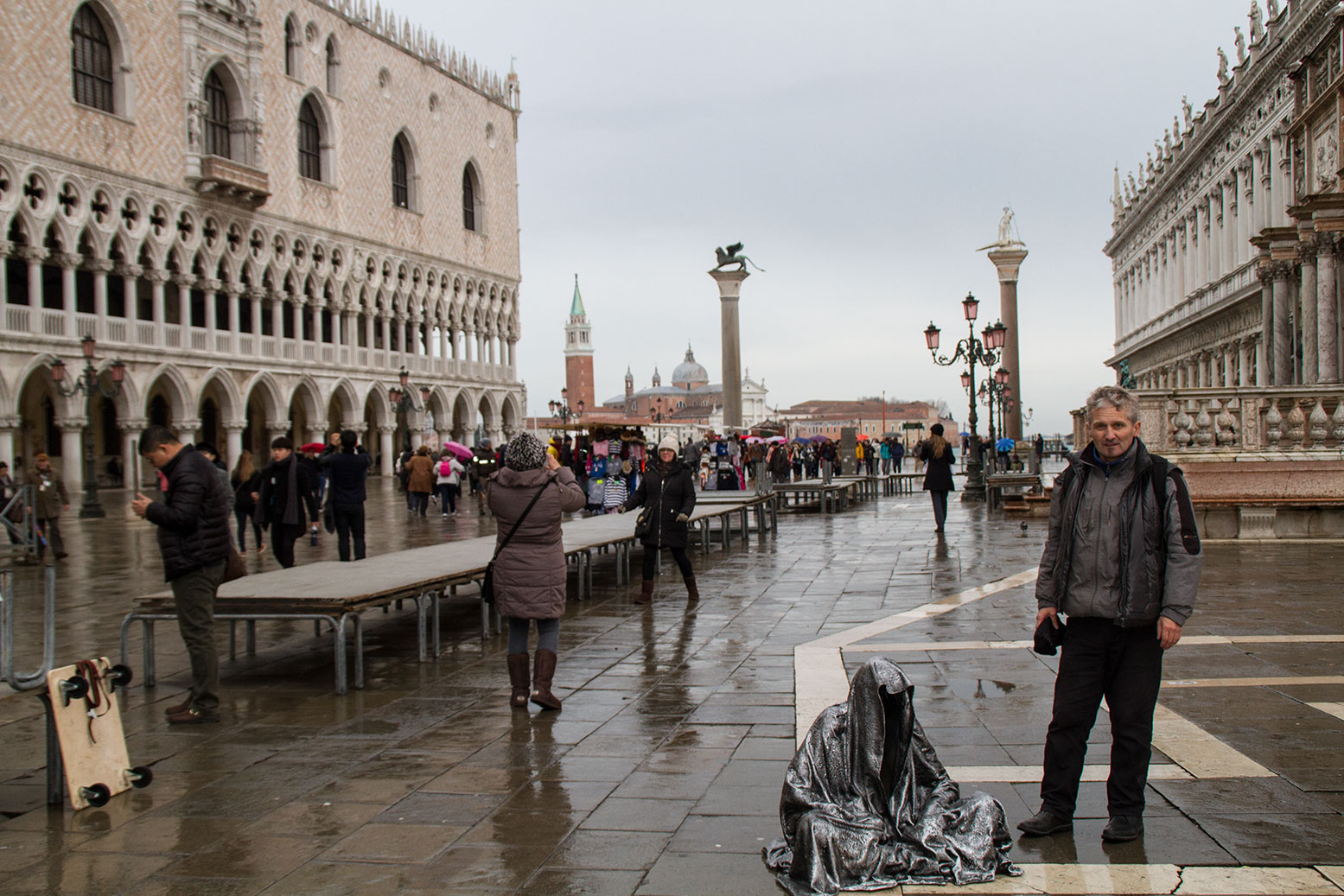 art-biennale-venice-guardians-of-time-manfred-kili-kielnhofer-contemporary-fine-art-design-sculpture-antique-show-8067