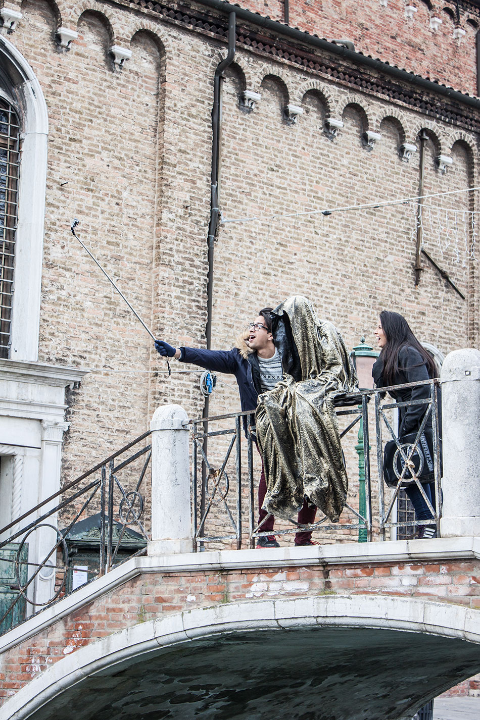 biennale-art-italia-venice-murano-glas-berengo-show-guardians-of-time-manfred-kielnhofer-public-contemporary-art-sculpture-design-7216