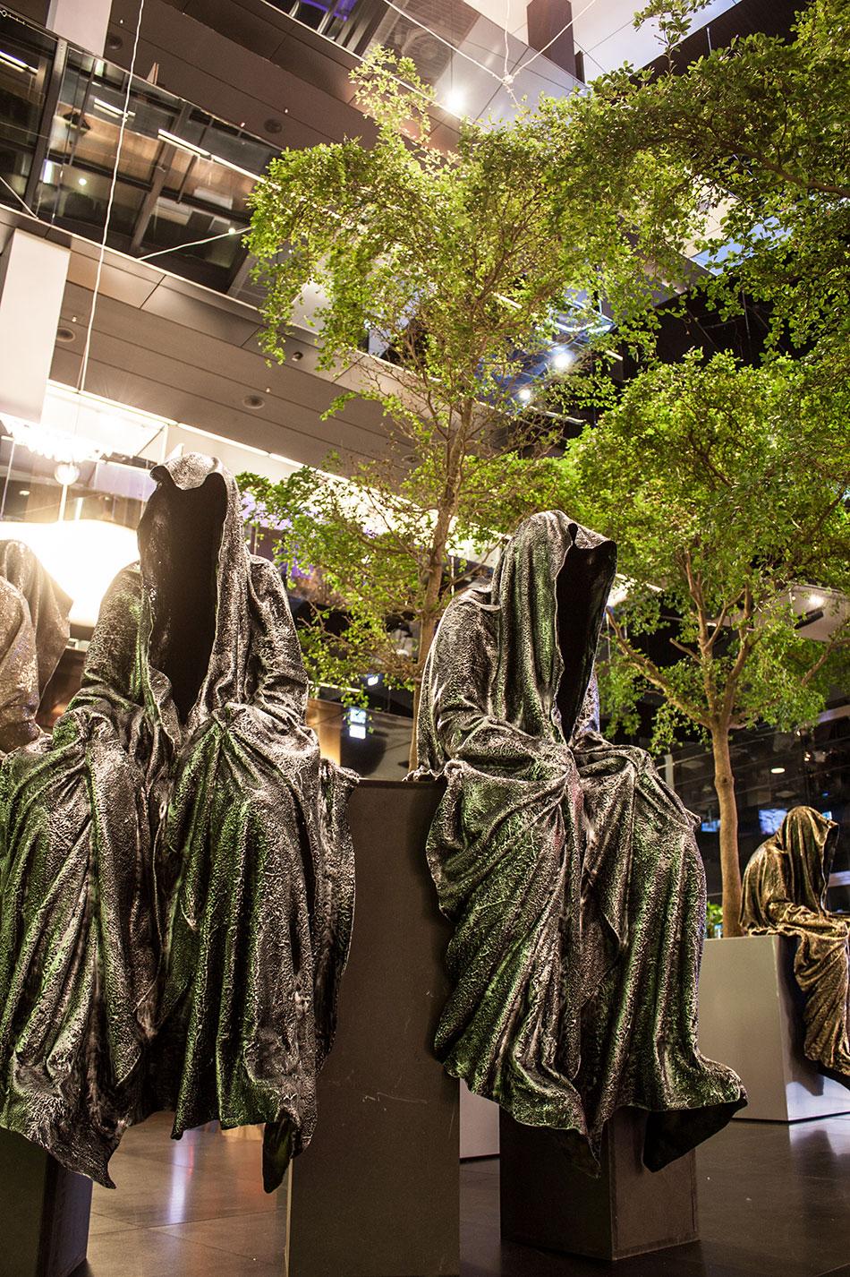 stilwerk-wien-design-tower-vienna-duekouba-designkooperation-guardians-of-time-manfred-kieli-kielnhofer-contemporary-fine-art-arts-design-installation-antique-show-4848