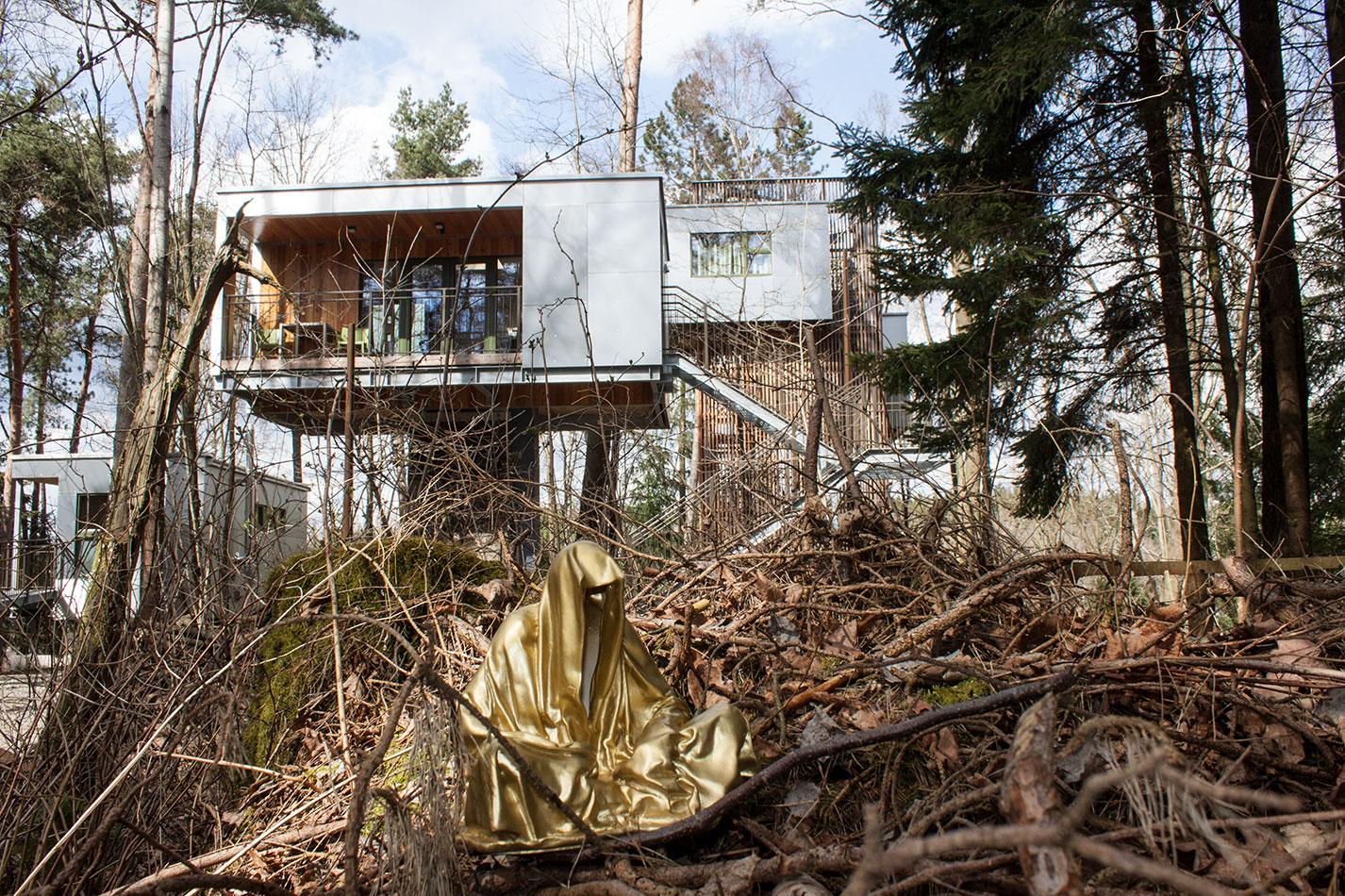 baumhaus-hous-in-the-trees-steinbruch-stone-querry-schrems-waldviertel-austria-guardians-of-time-manfred-kielnhofer-8447
