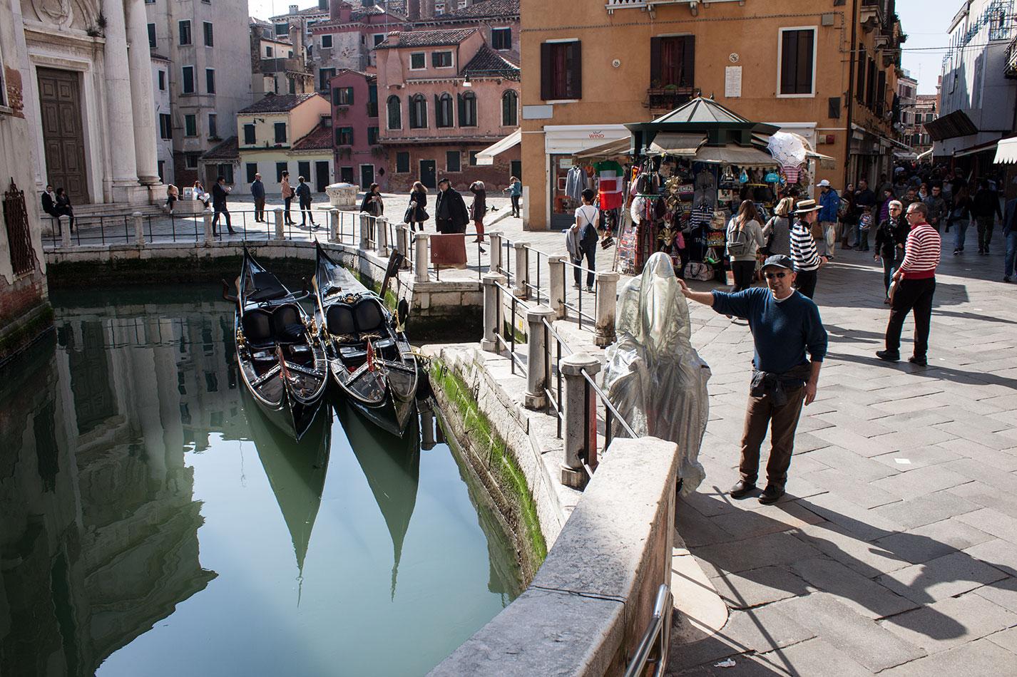 la-biennale-venezia-arte-venice-guardians-of-time-manfred-kili-kielnhofer-contemporary-art-arts-design-sculpture-performance-show-8109