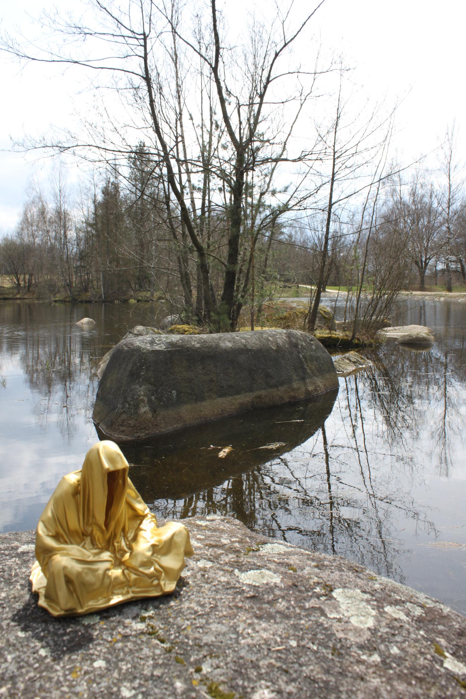 nature park blockheide gmuend cult granite stones contemporary art arts design show nature guardians of time manfred kielnhofer 8683