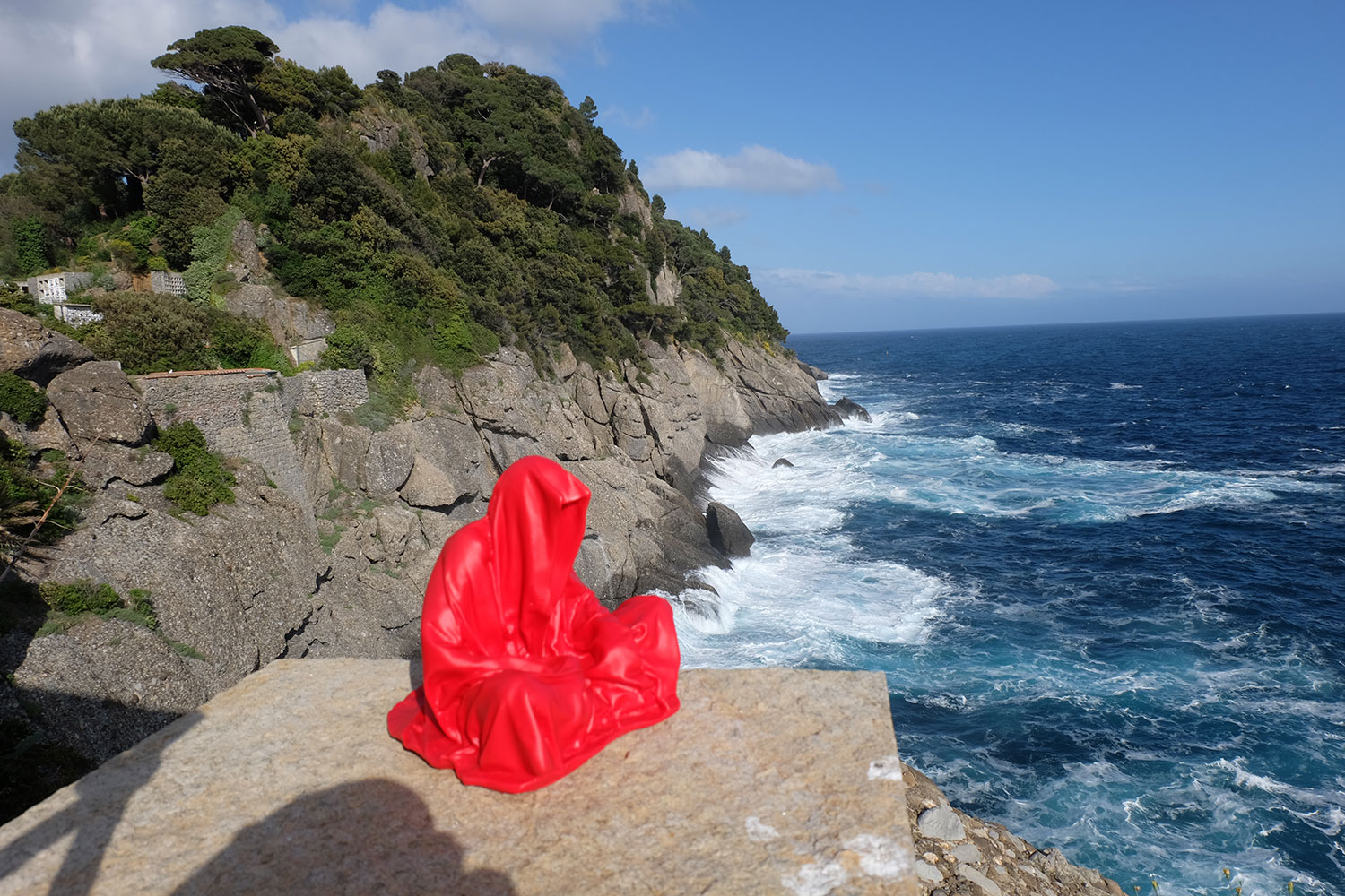 guardians-of-time-manfred-kili-kielnhofer-contemporary-fine-art-sculpture-tour-italy-genova-rapallo-portofino-see-cost-2487