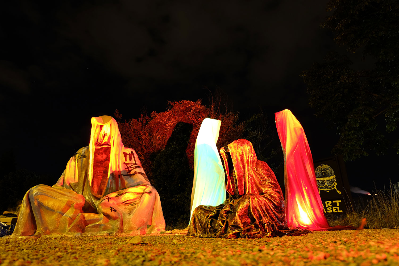 artbasel-swiss-scope-art-ghost-bice-guardians-of-time-manfred-kili-kielnhofer-large-scale-contemporary-art-design-sculpture-statue-arts-arte-5015