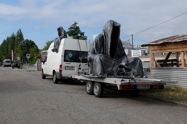 artbasel-swiss-scope-art-ghost-car-guardians-of-time-manfred-kili-kielnhofer-large-scale-contemporary-art-design-sculpture-statue-arts-arte-4279