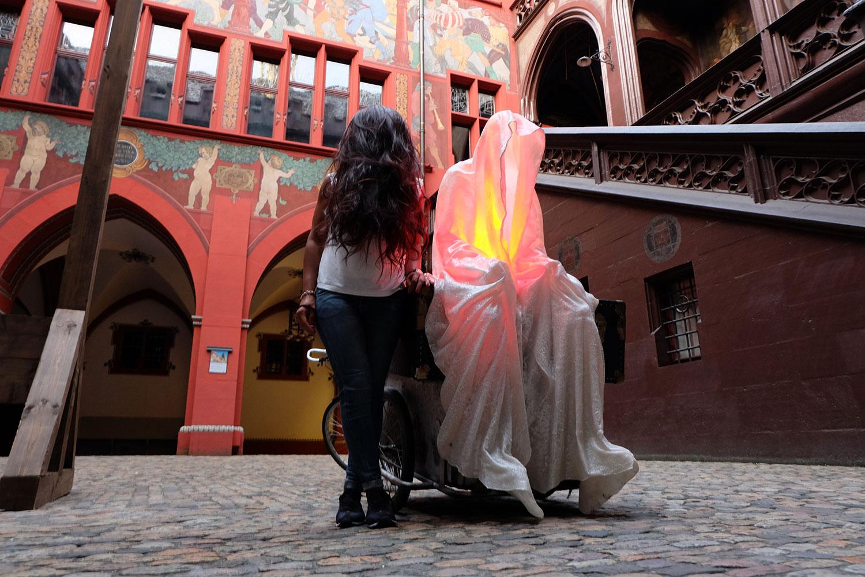 artbasel-swiss-scope-art-guardians-of-time-manfred-kili-kielnhofer-large-scale-contemporary-art-design-sculpture-statue-arts-arte-4740