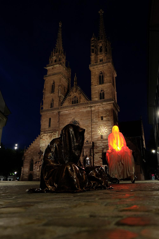 artbasel-swiss-scope-art-guardians-of-time-manfred-kili-kielnhofer-large-scale-contemporary-art-design-sculpture-statue-arts-arte-4814