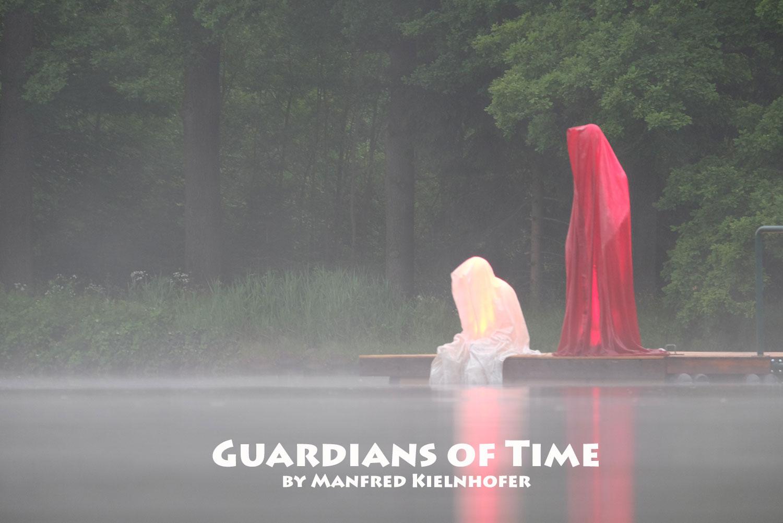 avalon-legend-mythology-ferryman-lake-ponds-guardians-of-time-manfred-kili-kielnhofer-contemporary-art-design-sculpture-statue-light-arts-4038