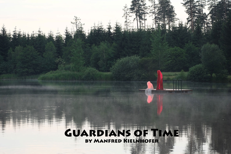 avalon-legend-mythology-ferryman-lake-ponds-guardians-of-time-manfred-kili-kielnhofer-contemporary-art-design-sculpture-statue-light-arts-4092