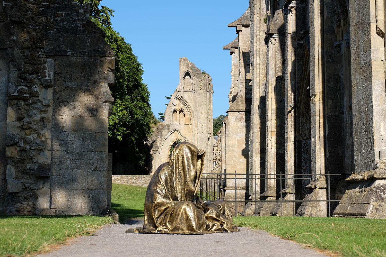 guardians-of-guardians-of-time-manfred-kili-kielnhofer-great-britain--england-glastonbury-contemporary-art-arts-design-sculpture-5771