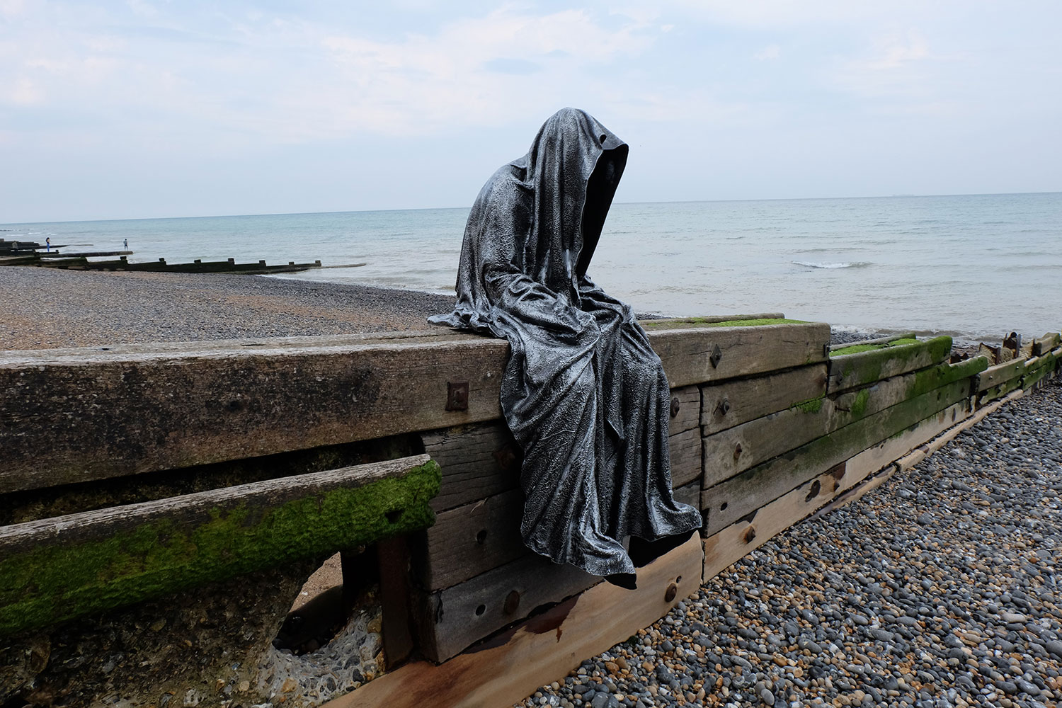Trip to united kingdom of great britain dover castle white trip to united kingdom of great britain dover castle white cliffs guardians of time by manfred kielnhofer sculptureo professional public art modern sciox Image collections