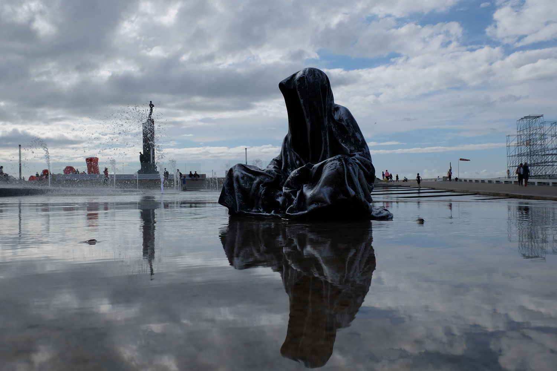 guardians-of-time-manfred-kili-kielnhofer-UK-London-contemporary-art-arts-design-sculpture-5328