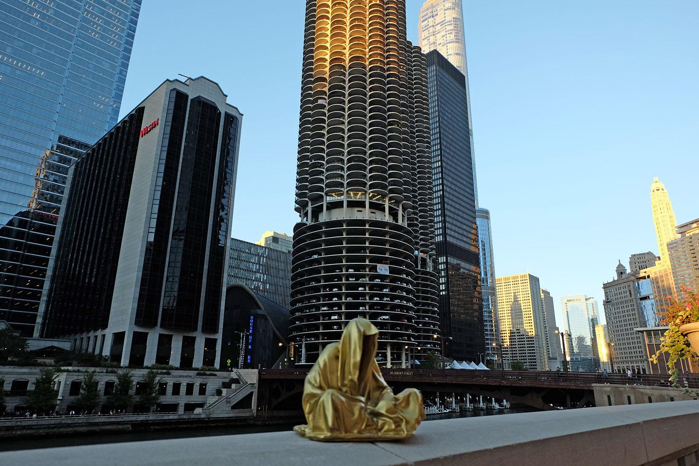 artprize-chicago-usa-contemporary-art-sculpture-sculpture-design-3-dimensional-light-arts-guardians-of-time-manfred-kili-kielnhofer-7161