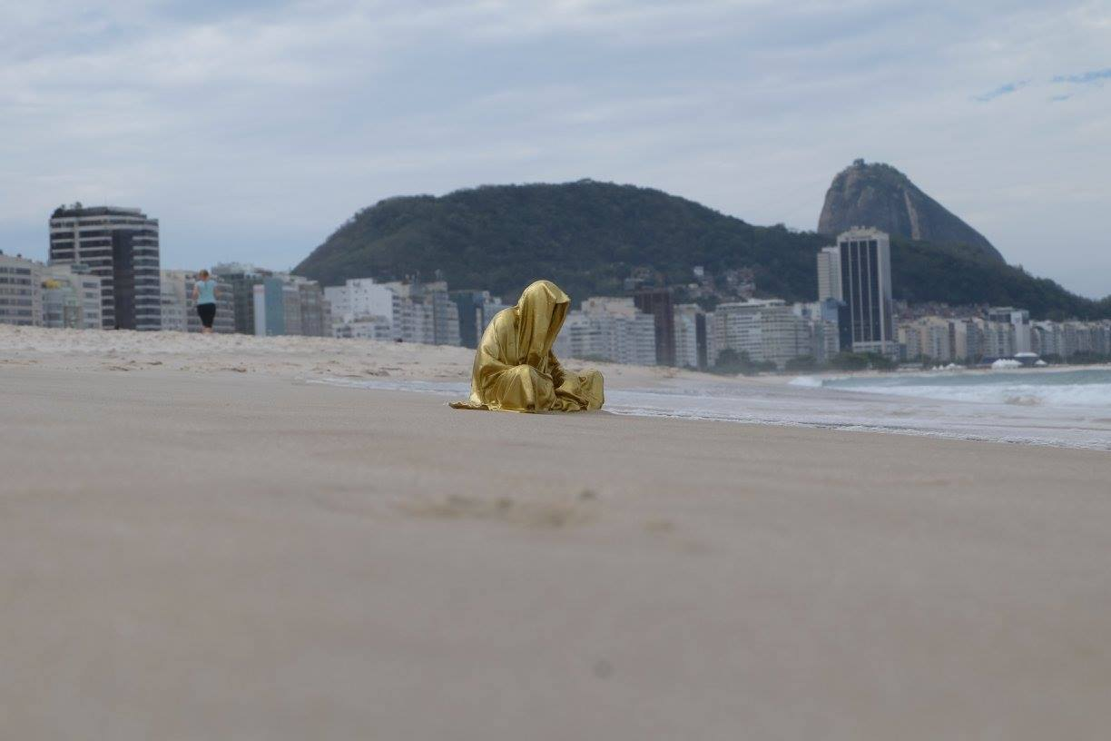trio biennial sculpture 3d copacabana rio de janeiro guardians of time sculpture art arts design manfred kili kielnhofer