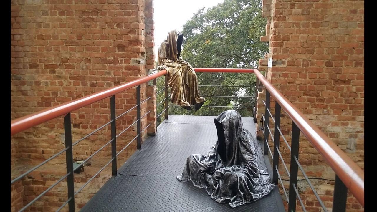 trio biennial  sculpture 3d parque das ruinas rio de janeiro guardians of time sculpture art arts design manfred kili kielnhofer sculpt