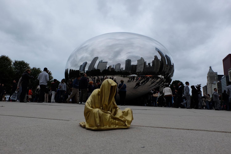 chicago-millenium-park-usa-contemporary-art-arts-sculpture-public-design-photography-guardians-of-time-keeper-manfred-kili-kielnhofer-8781