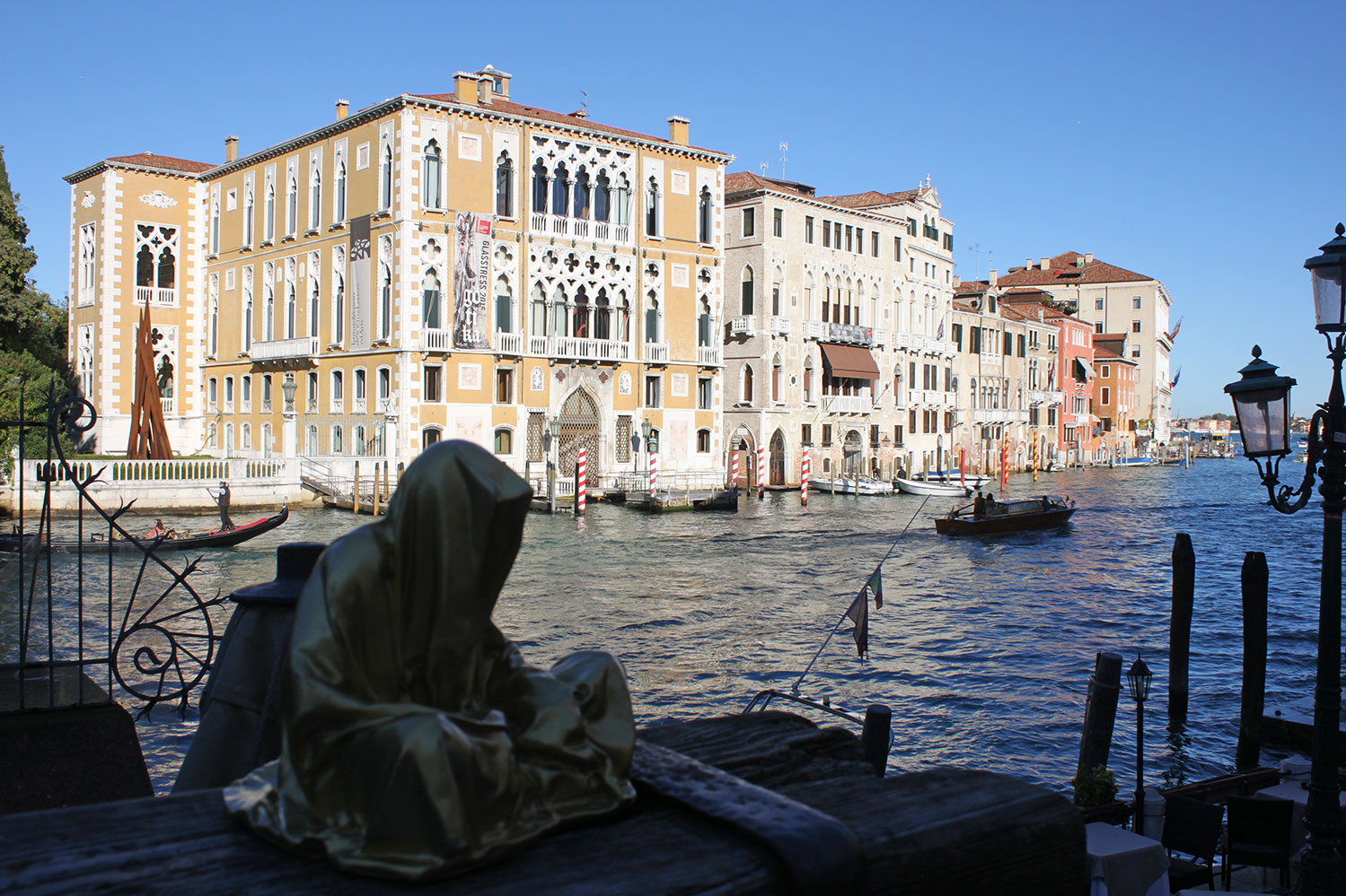 european-cultural-centre-venice-biennale-contemporary-art-show-sculpture-fine-arts-public-statue-guardians-of-time-manfred-kili-kielnhofer-9899