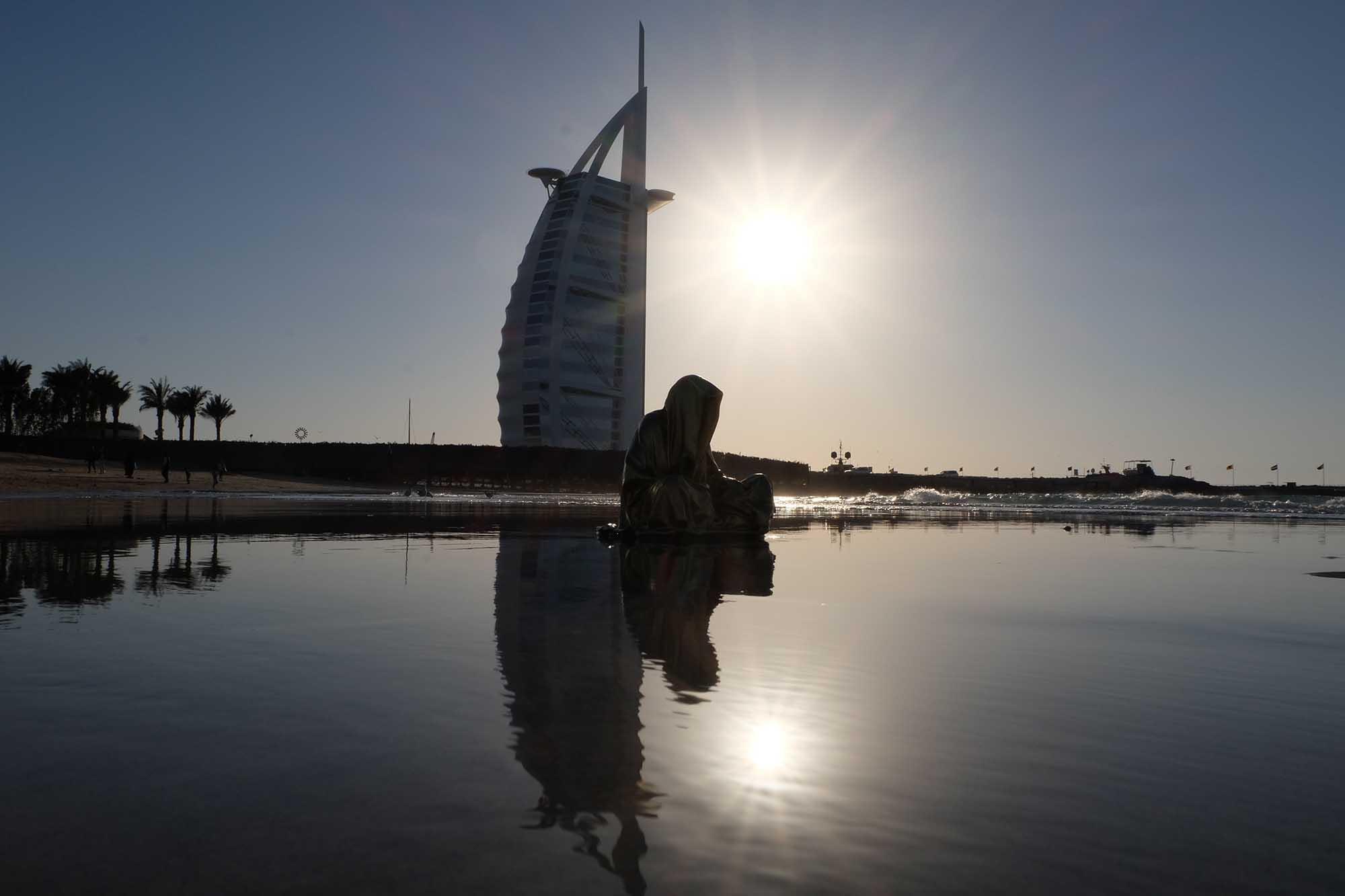 dubai emirates guardians of time manfred kili kielnhofer contemporary art modern design fine arts faceless photography antique statue 9390