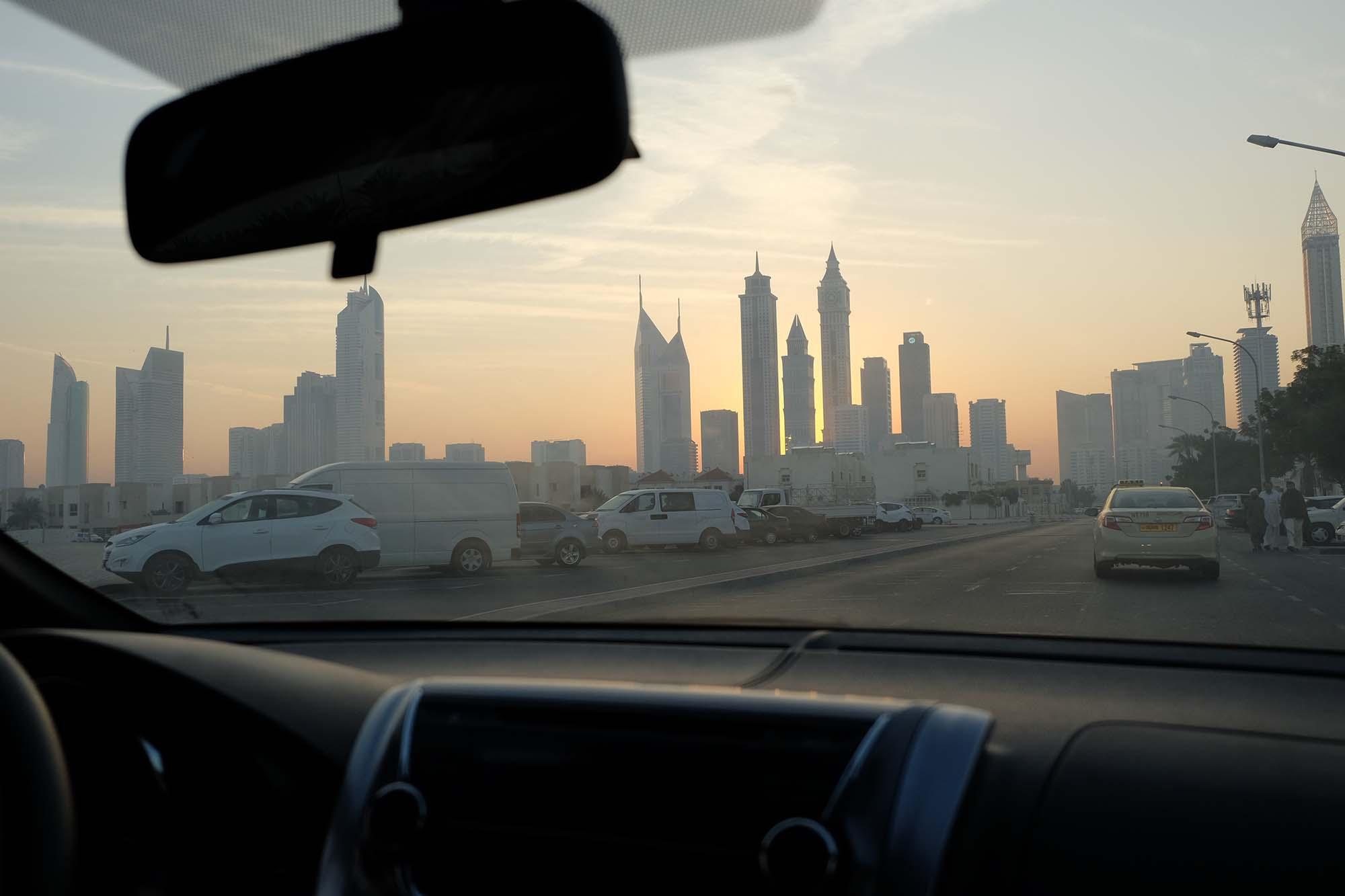 emirates guardians of time manfred kili kielnhofer car antique art sculpture contemporary arts fine modern design statue art tour faceless love religion freedom 9114