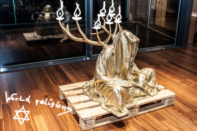 stilwerk-design-tower-vienna-guardians-of-time-by-manfred-kielnhofer-duekouba-designkooperative-contemporary-art-design-sculpture-antique-religion-judaism-jews-jewish 2820y