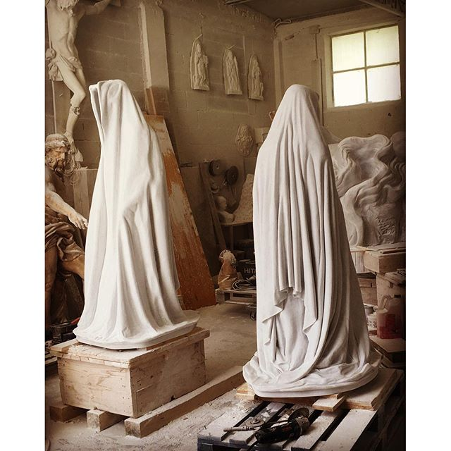 carrara marble stone galleni massimo avant gallery guardians of time by manfred kielnhofer contemporary art modern sculpture fine arts design statue arte 5