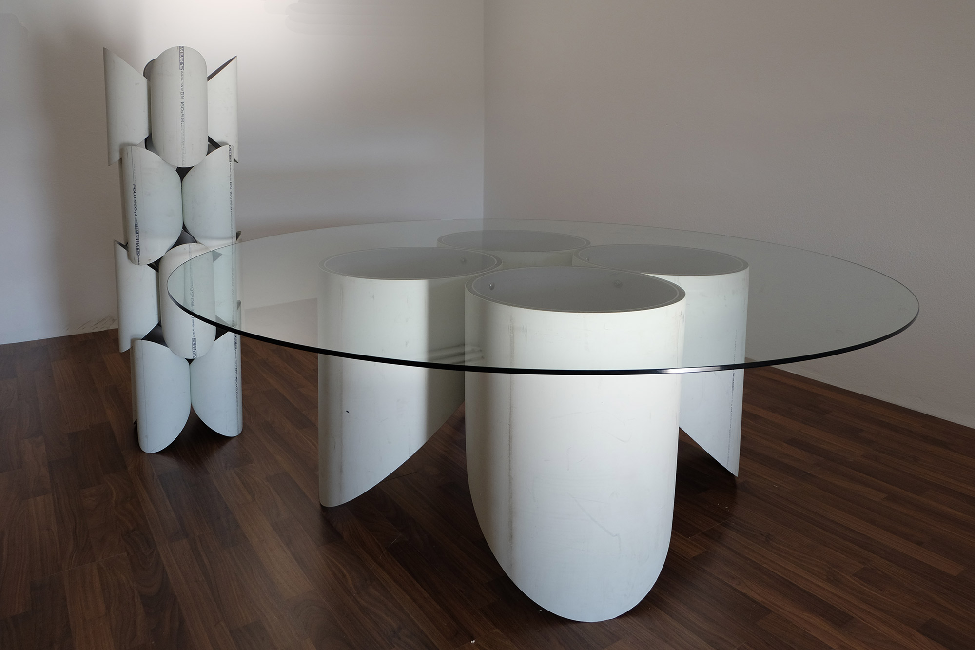 exclusive-furniture-guardian-table-glass-sculpture-statue-contemporary-light-art-design-antique-fine-art-manfred-kili-kielnhofer-7721