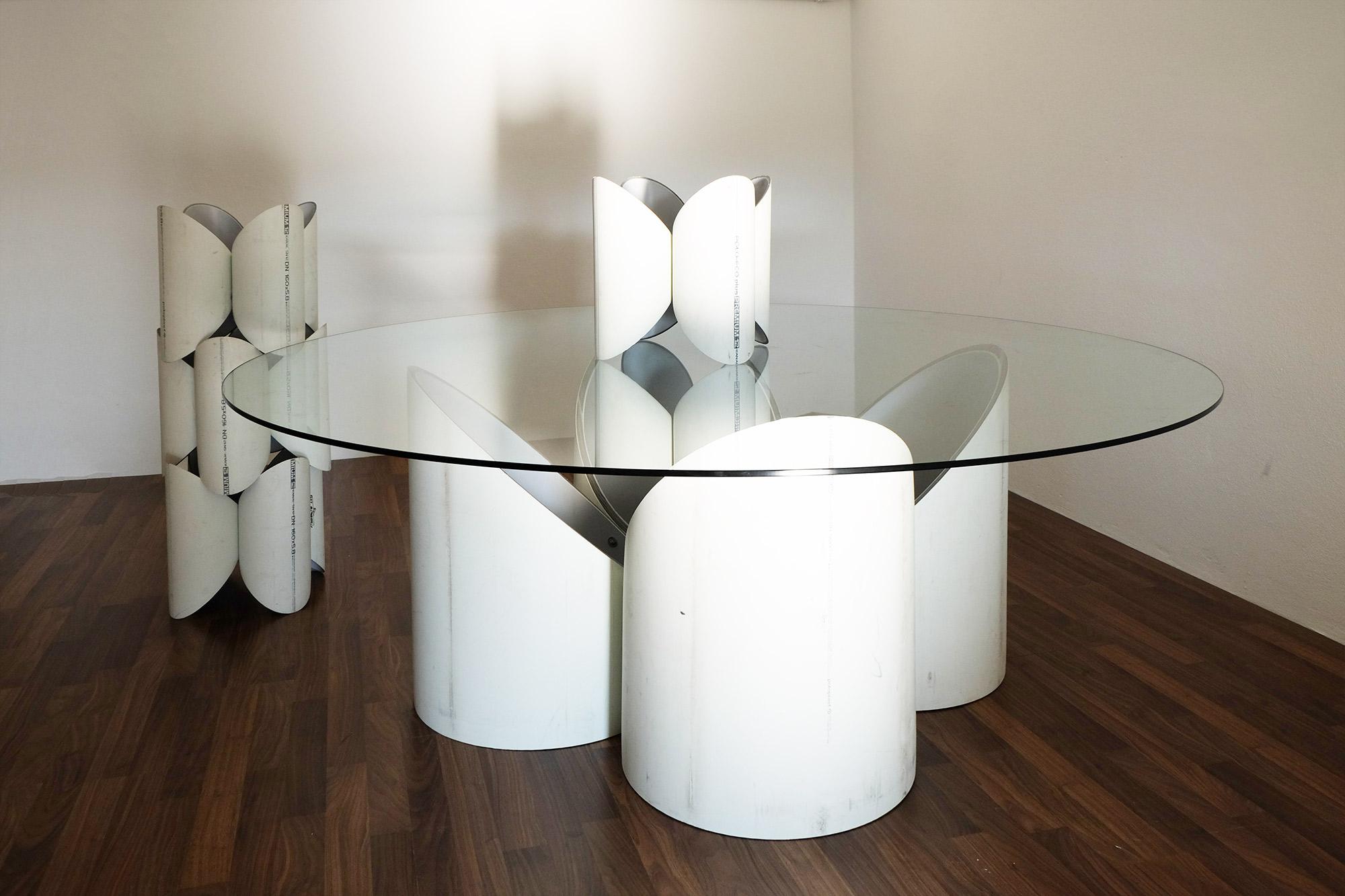 exclusive-furniture-guardian-table-glass-sculpture-statue-contemporary-light-art-design-antique-fine-art-manfred-kili-kielnhofer-7770y