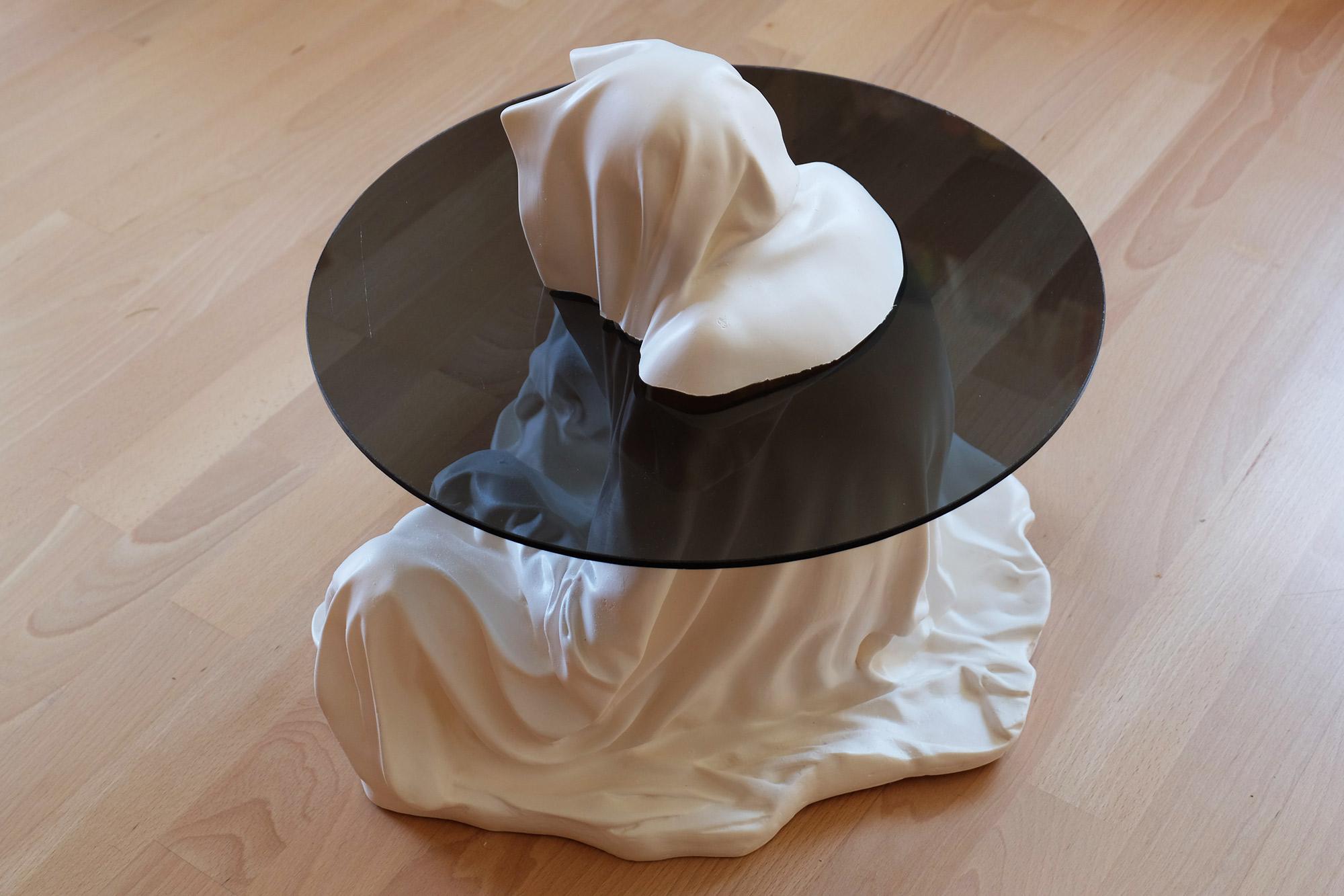guardian-glass-tabel-furniture-modern-design-contemporary-art-arts-fineart-statue-sculpture-arte-manfred-kili-kielnhofer-7971