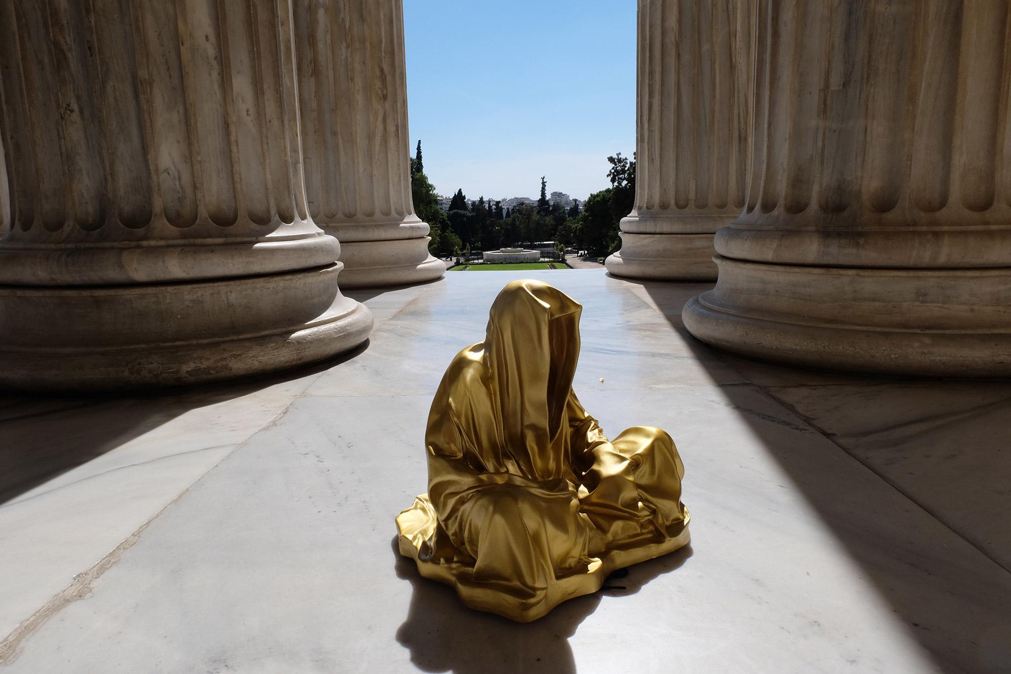 athens-acropolis-guardians-of-time-manfred-kili-kielnhofer-stone-marble-plastic-statue-sculpture-modern-art-fine-arts-arte-gallery-museum-show-8584
