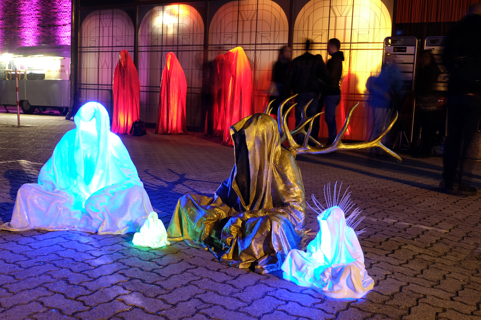 berlin-light-art-photographie-modern-fine-art-manfred-kielnhofer-guardians-of-time-8768