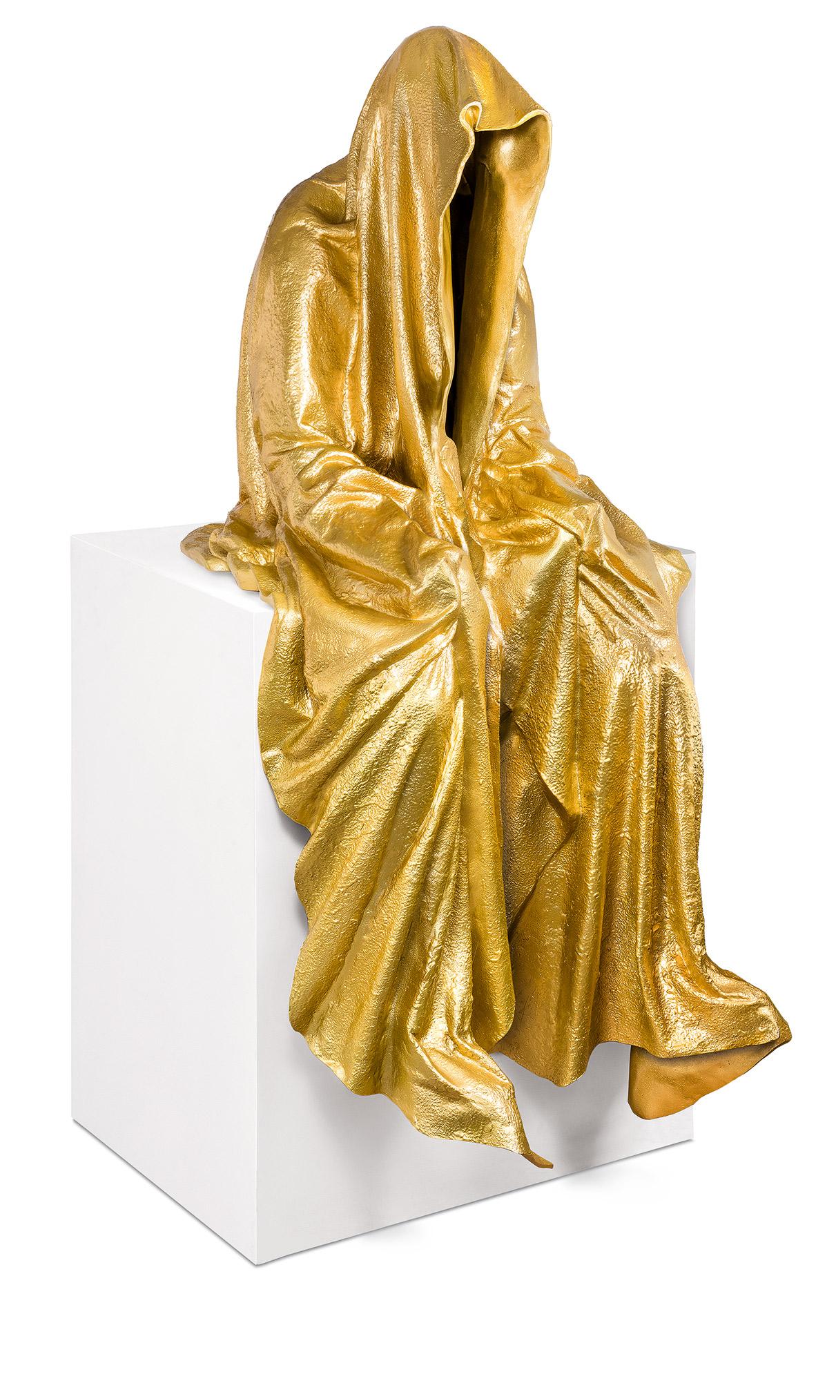 87774_art-foundry-strassacker-guardian_of_time_gold-manfred-kielnhofer-sculpture-statue-ghost-faceless-bronze-fineart-arts-contemporary-art-modern-design