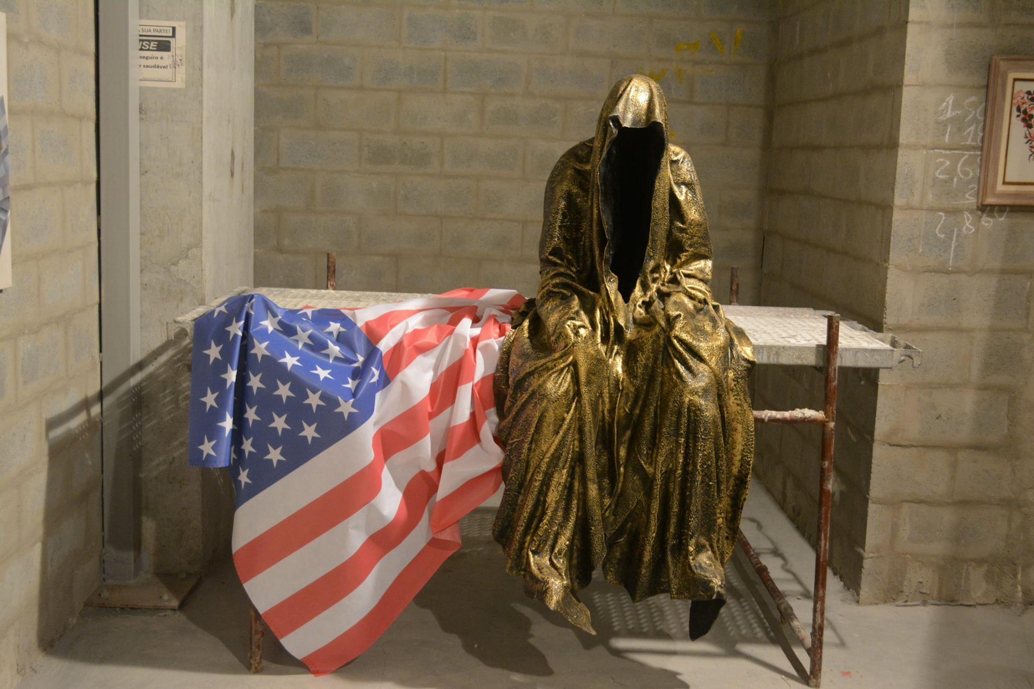 artigo-rio-de-janeiro-brazil-artfair-contemporary-arts-sculpture-fine-arte-statue-guardians-of-time-manfred-kili-kielnhofer-ghost